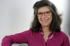 Dr. Rhena Brutos