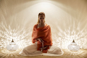 Meditation, Stille, Achtsamkeit, Konzentration, Mantra Meditation, Entspannungsübung, Geistesschulung, Dhyana, Dharana, Pratyahara