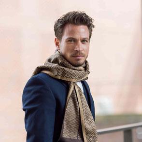 Edle Schals aus feinster Baumwolle - die Herren Edel. Anzugschal