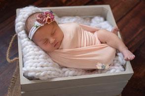 séance photo nouveau-né bébé naissance beaune chalon sur saône nuits saint georges dijon auxonne dole