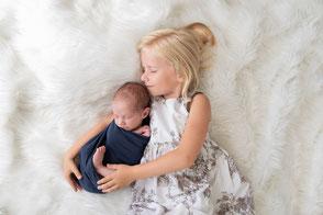 Photographe nouveau-né bébé naissance Dijon Beaune