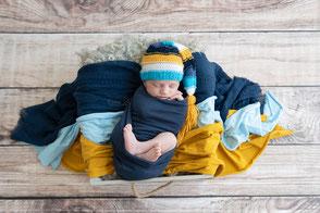 Photographe naissance bébé nouveau-né Dijon Beaune Nuits Saint Georges