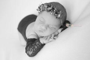 Photographe bébé naissance nouveau-né Dijon Beaune Chalon sur Saône Nuits Saint Georges Dole Auxonne Shooting bébé Photographe professionnel Beaune