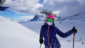 Ski-Protektoren und Brillen