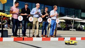 Dein nächster Teamausflug: Das spannende Rennen mit ferngesteuerten Boliden