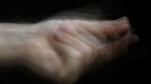 THE AIR BETWEEN THE FINGERS