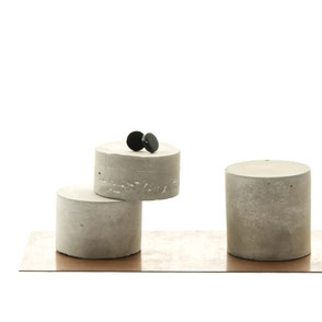 Pale Concrete Cylinder Jewellery Display Set by PASiNGA