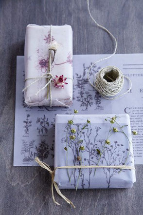 Flower Gift Wrapping via Pinterest