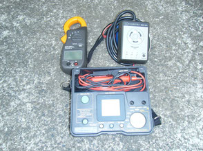 検相、電圧、電流計