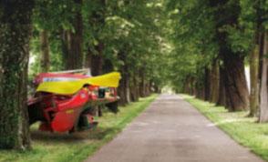 Landwirtschaft Plendl Lenksysteme Lenkhilfen TERRA CARE Reifendruckregelanlagen Kameras Agrar-Software Stickstoffdünger Bodenproben Front-Kamera-System Traktor Satcon Gefahr 2