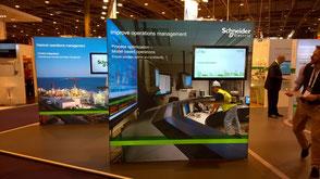 Leuchtdisplay mit Monitor von Schweden Display