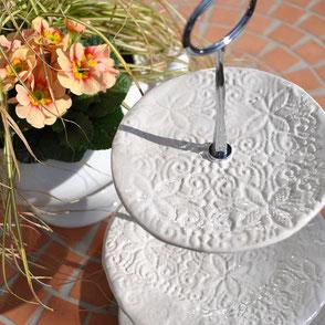 Etagere handgetöpfert Keramik Weiß