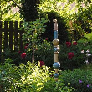 Zu den Gartenkeramik-Stelen im Shop