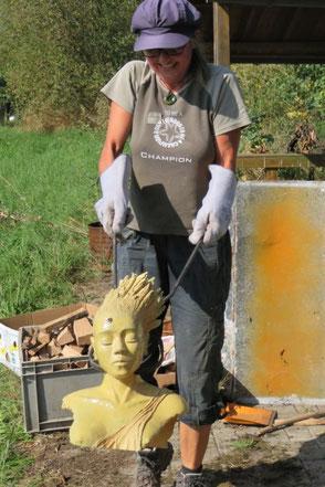 Raku-Keramik Ofenentnahme