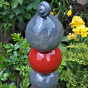 Gartenstelen und Stecker aus Keramikmasse