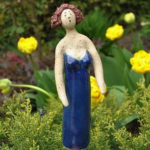 Gartenfigur Swinging Lady