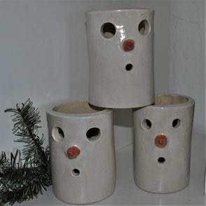 Verschiedene Weihnachtskeramik
