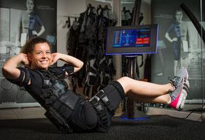 Die neueste Technik im Fitnesstraining EMS- Elektro-Muskel-Stilmulation- hier bei Skypers Sports