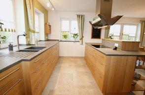 Holz-Küche von der Schreinerei Wiedmann