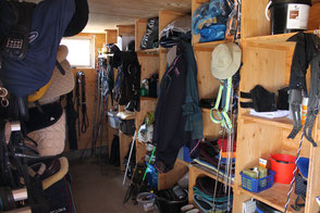 Pferdepension Tüfi Sattelkammer