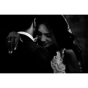 ROVA Fineart wedding photography - portugal castle fairy tale - Hochzeitsfotograf Schloss Burg - Elopement - destination wedding -castelo de portulezo