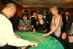 カジノを楽しむお客様
