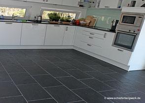 Boden  aus Schiefer in der Küche