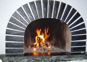 Feuerstelle / Kamin aus Schiefer