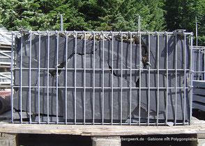 Gabione mit Schiefer-Polygonalplatten