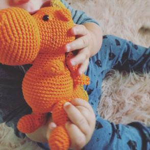 LOOP BABY - Drache Daniel orange