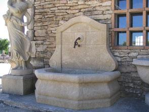 Gartenbrunnen Naturstein aus Südfrankreich
