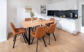 Strandloft 3 Norderney Wohnung 1 - Essbereich mit Küchenzeile