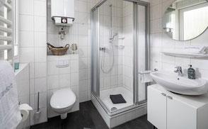 Strandloft 3 Norderney Wohnung 2 - Badezimmer