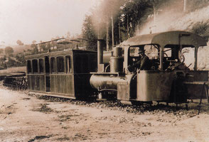 La locomotive du Monorail à Panissières terre de tisseurs