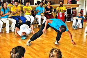 Capoeira angola CECA - Marseille Saint Michel