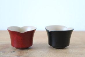 Smiling bean sake cup by Maiko Okuno