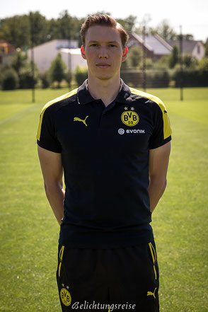 Mannschaftsfoto, Borussia, Dortmund, BVB, Borussia Dortmund, Saison 2016/2017, Kader, Team, Bild, Foto, Aufstellung, Florian Wangler