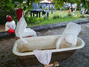 «Wäschwiber» von A. M. Thöny im Hewen Garten