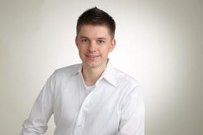 Dr. Thomas Wolf: Qualifiziert für Implantat-Behandlungen