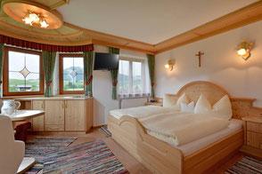 Zimmer mit Frühstück am Bachangerhof, Kössen im Tiroler Kaiserwinkl