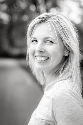 weibliches-portraitfoto-portraet-portraitfotograf-partner-zu-zweit-duesseldorf-duisburg