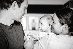 duesseldorf-duisburg-familienfoto-baby-babyfoto-familienshooting-homestory