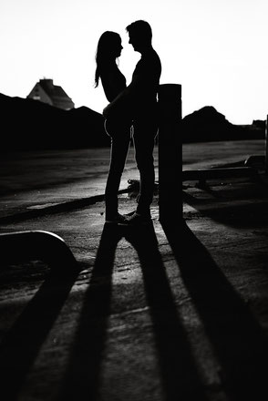 paar-im-gegenlicht-silhouette-neuss