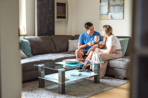 babyfotos-reportage-familienfotos-zuhause-homestory-famillienfotograf-duisburg-duesseldorf