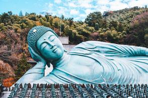 Le temple Nanzoin et sa statue de Bouddha couché en bronze