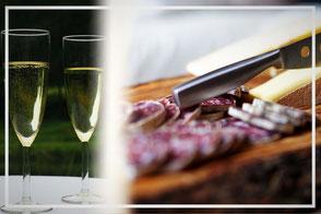 coupe de champagne et assiette de charcuteries fromages seront disponibles sur place