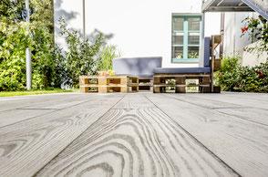 Bodenbeläge aus Architekturbeton