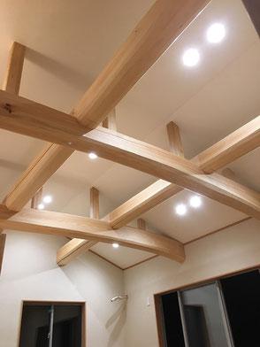 LDK天井:野物梁(ひのき)の画像2