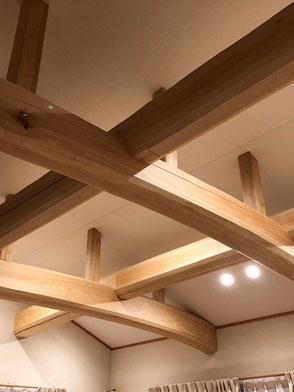 LDK天井:野物梁(ひのき)の画像3