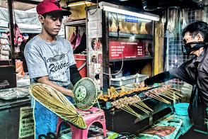 street-food-in-kuala-lumpur-malaysia